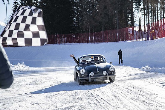 Bisi-Cantarini win the Eberhard Trophy on the frozen lake