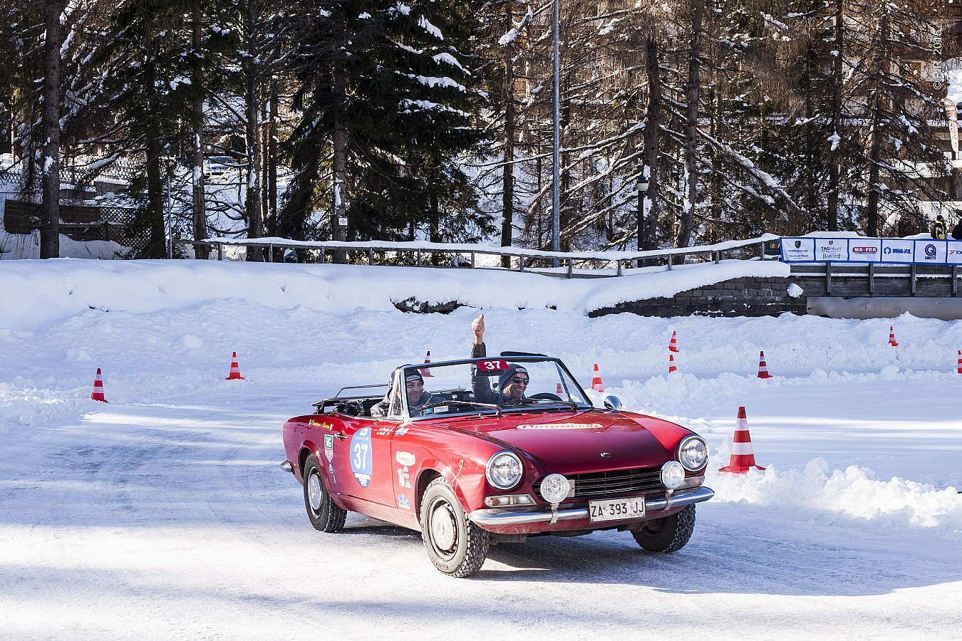 122 equipaggi, 20 marchi automobilistici, 8 nazioni: i numeri della #WinterMarathon2016