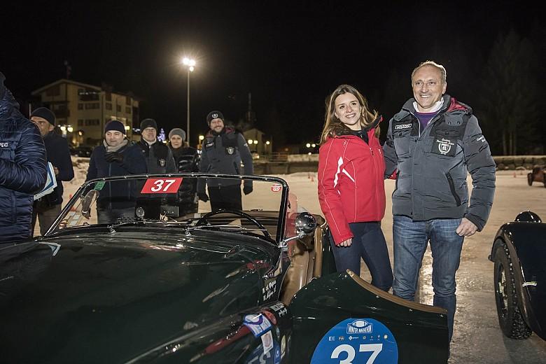 Alessandro e Francesca Molgora vincono il Trofeo APT su Triumph TR2 del 1954